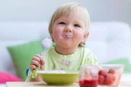婴儿什么时候可以添加辅食_宝宝辅食