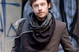 冬季男士围巾搭配攻略 打造绅士品格