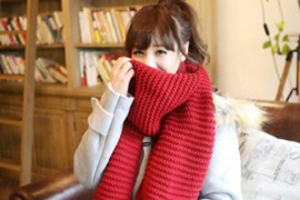 6款红色围巾搭配 点燃冬季热情