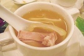 冬季养生小常识:适合女性的5款冬季养生汤