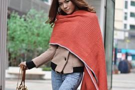 围巾系法:披肩式围巾系法图解