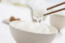 米饭怎么做好吃_蒸米饭的小窍门