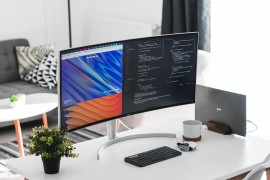 超宽显示器值得买吗