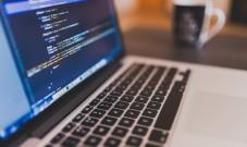 物联网开发用什么语言